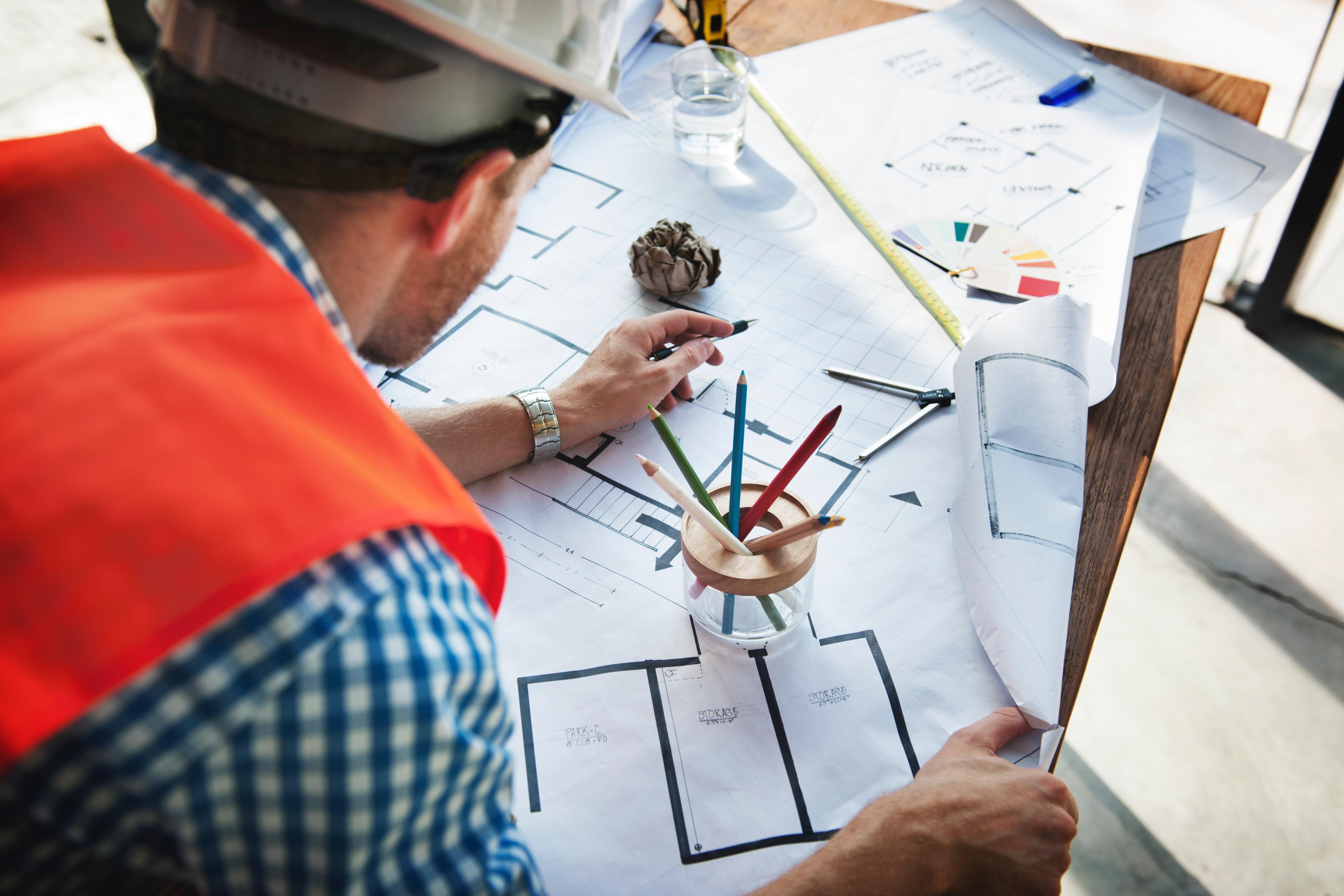 ¿Qué debo tener en cuenta para contratar a un arquitecto?